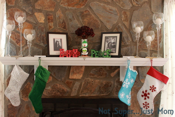 Mantle with stockings