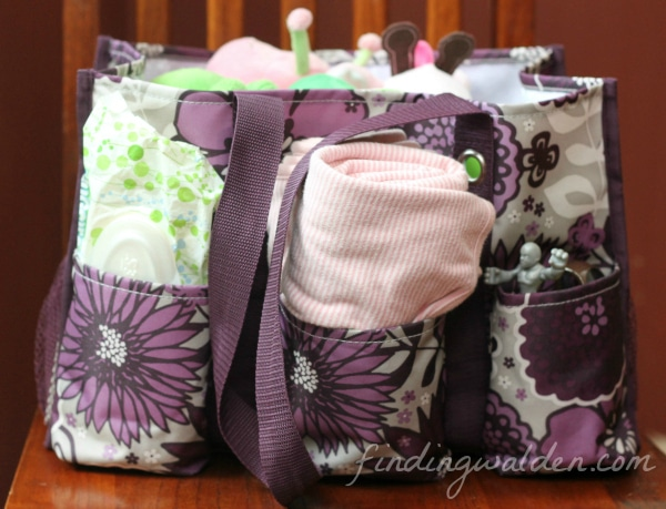 Thirty-one Gifts Organizing Utility Tote, Plum Awesome Blossom